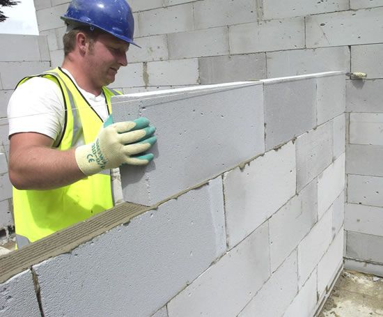 Hi Strength aircrete blocks for walls and foundations