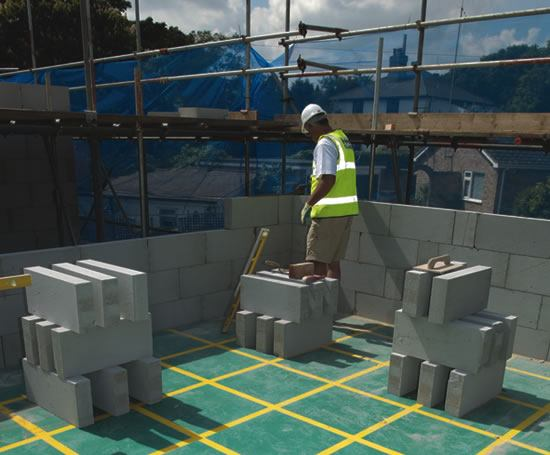 R build modern method of construction h h uk esi for Modern design building services ltd