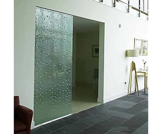 Bespoke glass doors  sc 1 st  ESI Building Design & Bespoke kiln-formed textured glass doors | Hot Glass Design | ESI ...