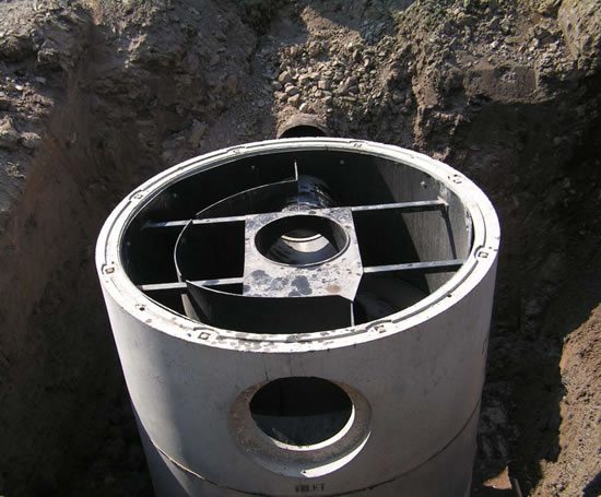 Downstream Defender® vortex separator