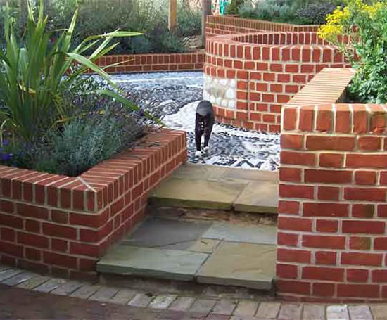 Design and build of domestic garden walls pro scape for Domestic garden ideas