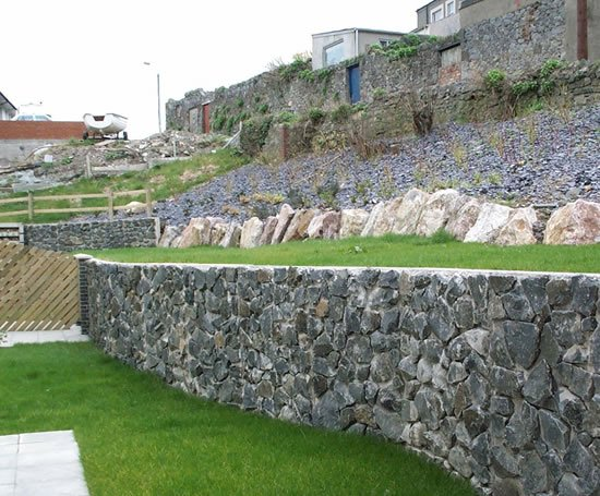 Rocwall Reinforced Concrete Natural Stone Retaining Wall