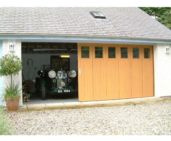 Side Sectional Sliding Garage Doors Rundum Meir Esi Building Design