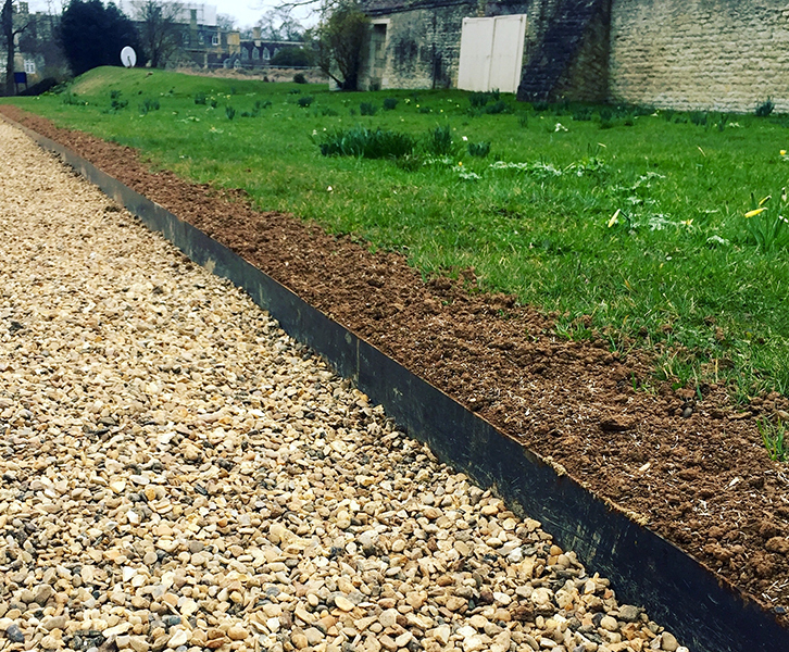 Metal Edging For Lawns Flower Beds Paths And Driveways Paddock Fencing Esi External Works