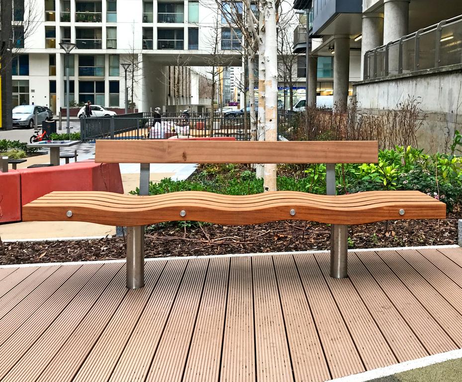 Serpentine Hardwood Seat With Back Factory Furniture Esi