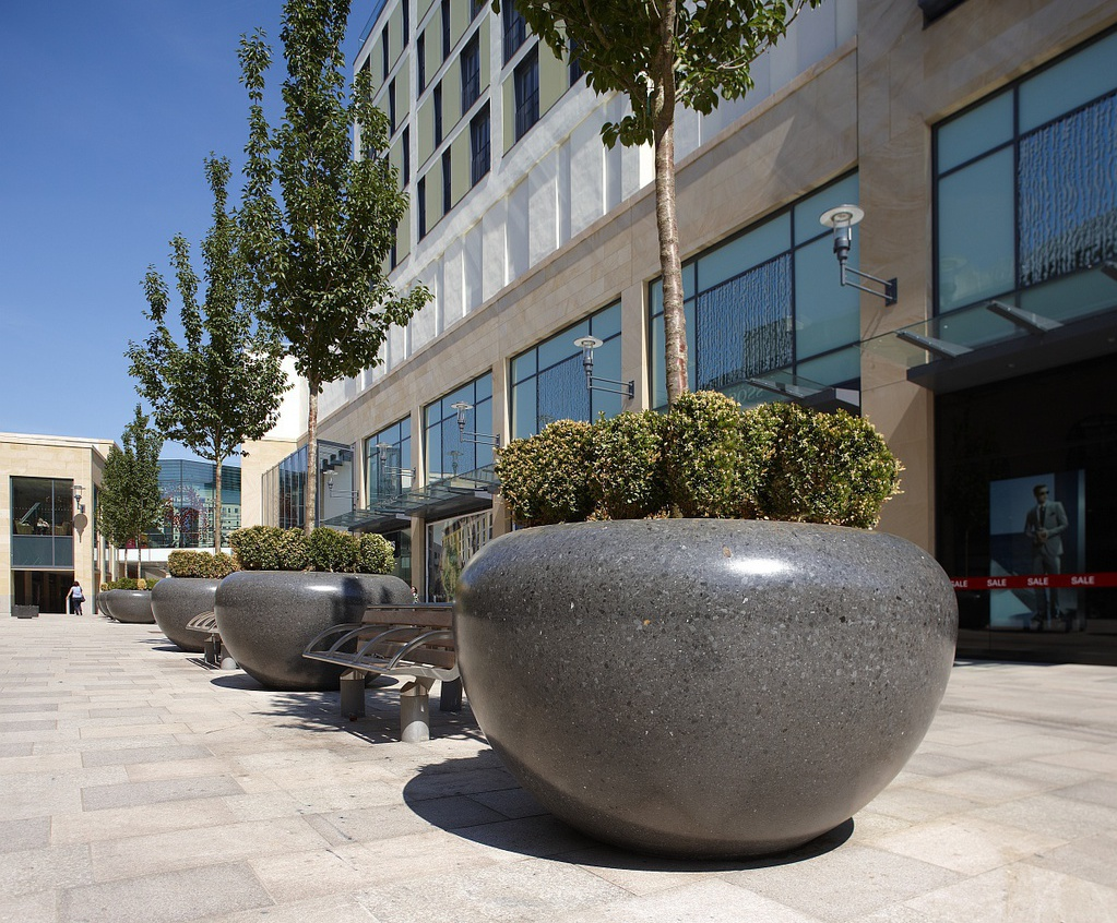 Attractive Pas 68 Rated Planters For Shopping Centre Hvm Marshalls