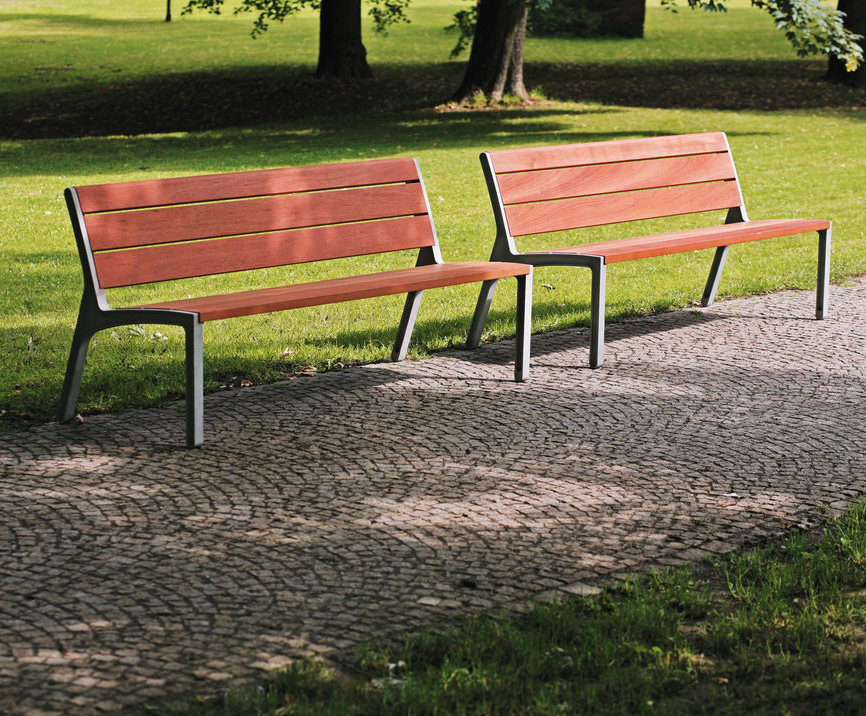 Miela Cast Aluminium Park Bench With Wooden Slats Environmental