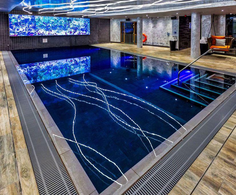 Luxury pool and saunarium for Novotel Canary Wharf | London ...