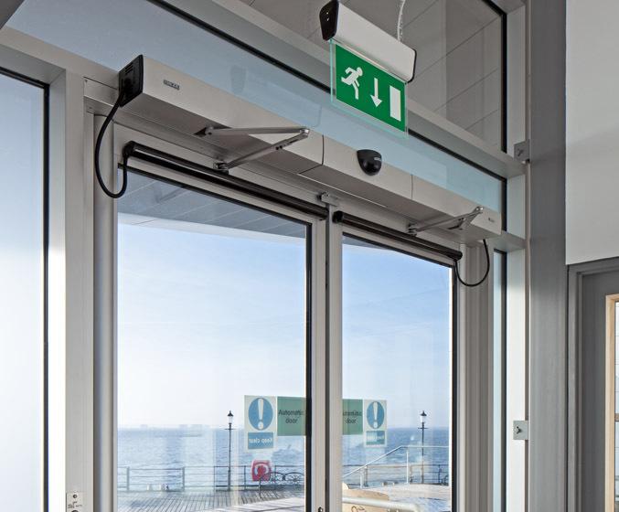 Slimdrive EMD-F & Slimdrive EMD-F electric swing door drive system | GEZE UK | ESI ...