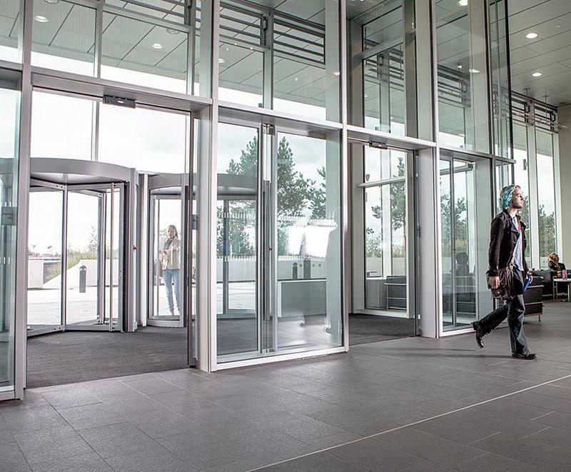 Automatic Sliding Doors Birmingham City University Geze Uk Esi