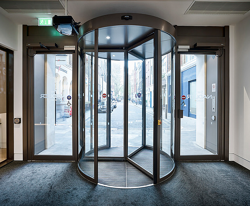 Revolving door for Nadler Hotel in Soho London & Revolving door for Nadler Hotel in Soho London | GEZE UK | ESI ...
