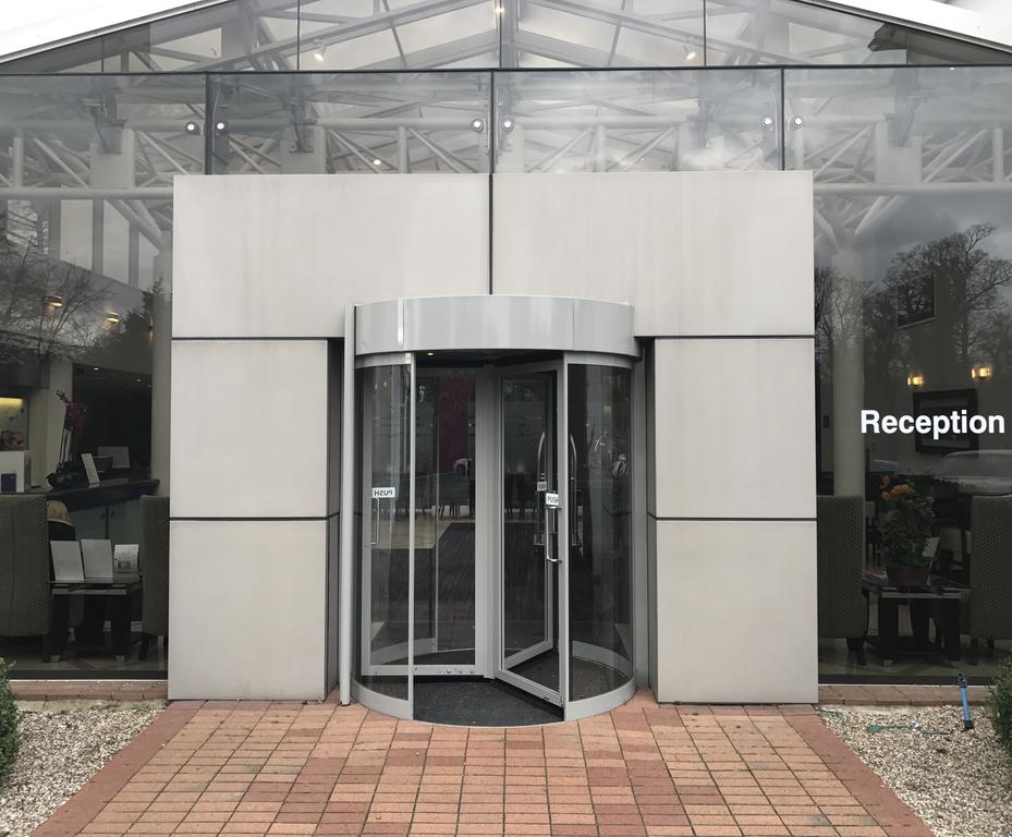 TORMAX revolving door provides access for top hotel