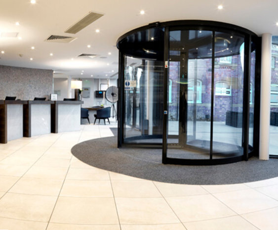 Automatic revolving entrance door - Hilton Hotel and Spa