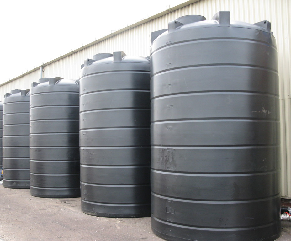 Vertical rainwater storage tanks (150-30,000L)