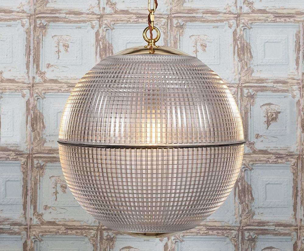 Hollen Globe pendant light
