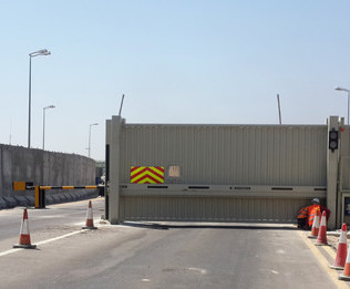 High Security Hvm Barriers And Gates For Iraq Oil Fields Frontier