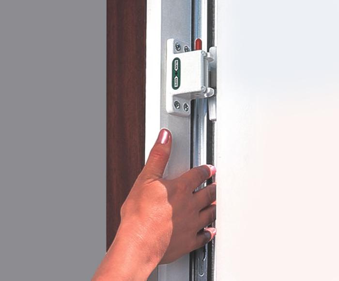 Slidesafe finger trap guards waverley design engineering