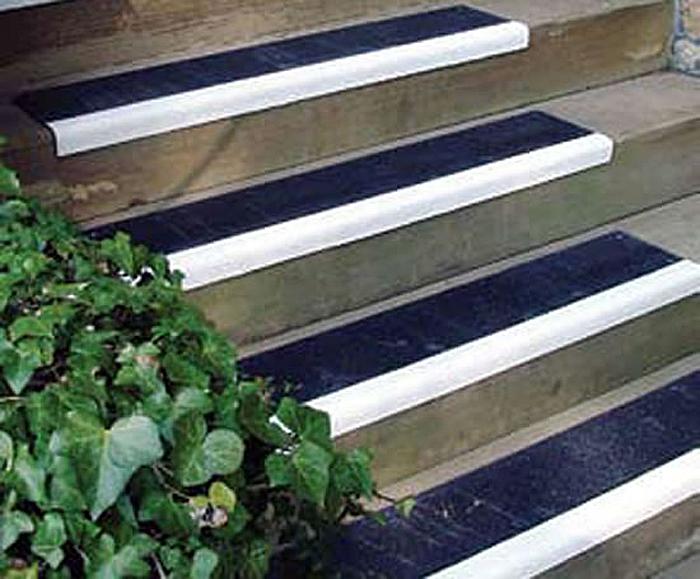 GRP and fibreglass tough, slip-resistant step covers   Watco