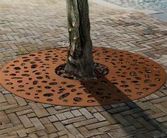 CorTen Tree Grid Pebbles