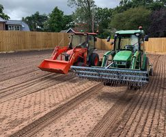 Preparation and seeding of a 2000m2 lawn