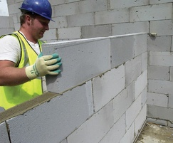 Thin-Joint system - aircrete blocks and Celfix Mortar