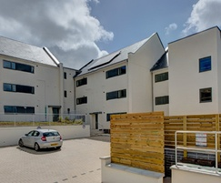 Celcon Blocks simplify house construction