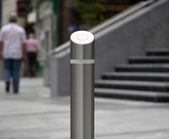s23ss sloped top bollard