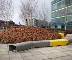 Trapezoidal t3 bench