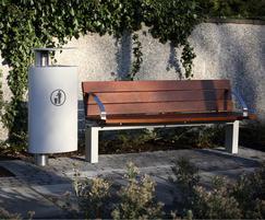 t1 aluminium litter bin and s96w seat