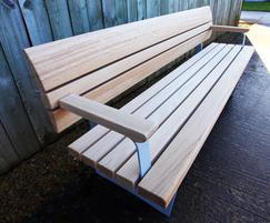 Wales & Wales Norfolk bench in FSC European oak