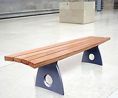 Smart Alex aluminium bench in shopping mall