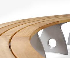 Smart Alex, a contemporary curved bench design