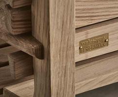 Benchmark Chico Bench 2400 Oak