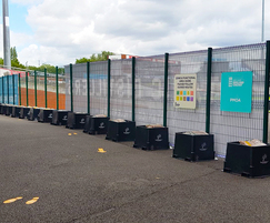 Temporary fencing system allows for advertising