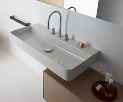 Val bathroom collection basin