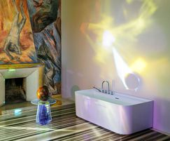 SONAR Wave freestanding bathtub