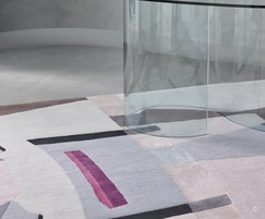 LIGHT FRAGMENTS - hand knotted rug in wool and silk
