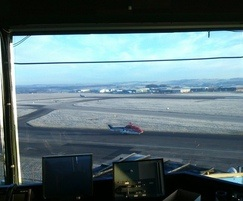 Anti glare solutions for air traffic control towers