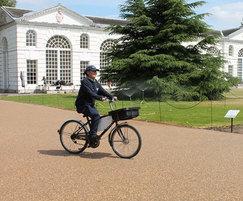 3000m2 of resin-bound for Broad Walk, Kew Gardens