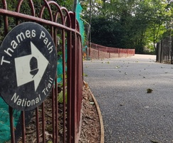 Porous resin bound surfacing for London park