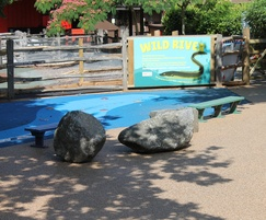 Resin bound surfacing for zoo