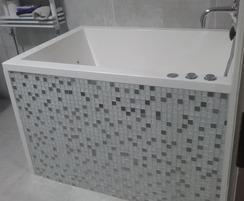 Calyx Deep Soaking Tub