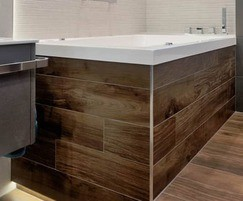 Hydrotherapy Nirvana deep soaking tub