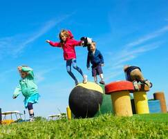 Playtop©: How outdoor play makes children happier and healthier