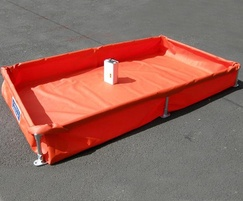 Collapsible steel frame with Polyurethane flexible bund