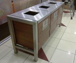 Puczynski 13-07-57_01 recycling bin