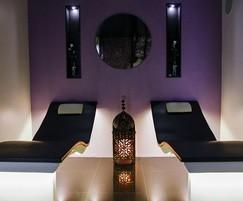 Ergonomic heat storage ceramic loungers