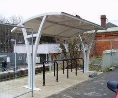 Lower Kennet shelter at a railway station