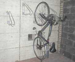 Cycle-Safe triangular vertical wall rack