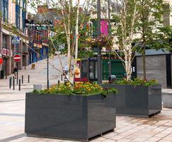 Derry City: L 1600 x W 1600 x H 900mm